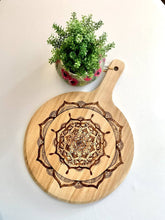 Load image into Gallery viewer, Cheese Board - Mandala