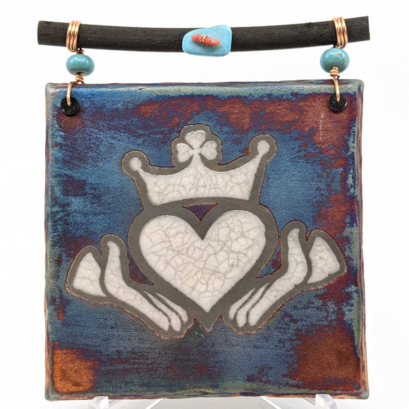 Raku Dreamcatcher Tile - Claddagh