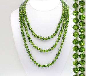 Green Christmas Beaded Necklace - The Hot Polka Dot