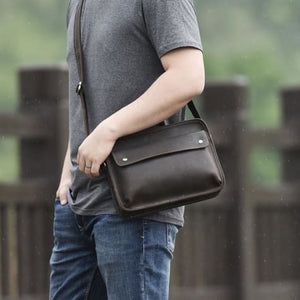 Au Courant Leather Crossbody/messenger & Shoulder Bag Premium Leather