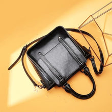 Load image into Gallery viewer, Designer de Luxe Leather Women's Hand & Crossbody Bag Black Premium Leather