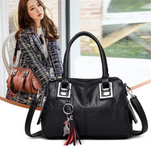 Load image into Gallery viewer, Ladies Vintage Leather Tassel Hand Bag/crossbody Bag Premium Leather