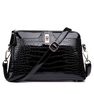 Larenia Luxurious Leather Shoulder Bag for Women
