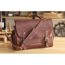 Load image into Gallery viewer, Saddle Leather Men's Vintage Messenger/shoulder Bag Premium Leather