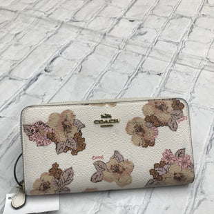 Primary Photo - BRAND: COACH STYLE: WALLET COLOR: FLORAL SIZE: MEDIUM SKU: 126-2057-27489