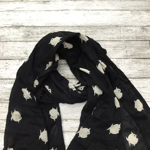 Primary Photo - BRAND: BANANA REPUBLIC STYLE: SCARF COLOR: ANIMAL PRINT OTHER INFO: NEW! SKU: 126-3266-22535