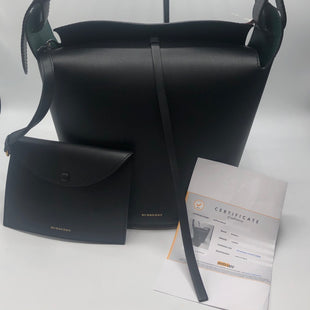 Primary Photo - BRAND: BURBERRY STYLE: HANDBAG DESIGNER COLOR: BLACK SIZE: LARGE OTHER INFO: RETAIL $1197 SKU: 126-2092-177248ATTACHED WRISTLET, ADJUSTABLE STRAP LENGTH, GORGEOUS GREEN LEATHER INTERIOR. IN LIKE NEW CONDITION!