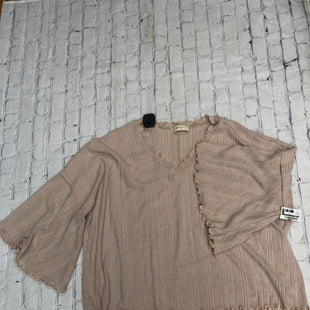 Primary Photo - BRAND:    CMD STYLE: TOP LONG SLEEVE COLOR: BEIGE SIZE: 3X OTHER INFO: A BEAUTIFUL SOUL - SKU: 126-5001-1983