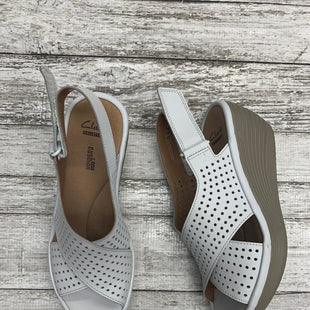 Primary Photo - BRAND: CLARKS STYLE: SANDALS HIGH COLOR: WHITE SIZE: 6 SKU: 126-2092-173485