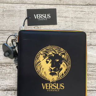 Primary Photo - BRAND: VERSACE STYLE: ACCESSORY TAG COLOR: BLACK SKU: 126-3003-4009
