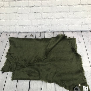Primary Photo - BRAND: EXPRESS O STYLE: SCARF WINTER COLOR: GREEN SKU: 126-1881-56829