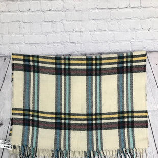 Primary Photo - BRAND: LIMITED STYLE: SCARF WINTER COLOR: PLAID SKU: 126-3290-81555