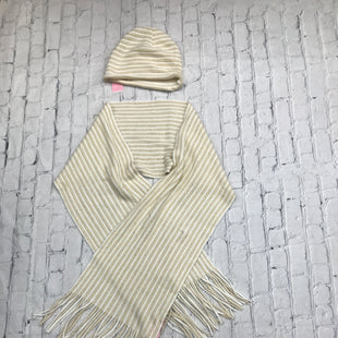 Primary Photo - BRAND:    CMD STYLE: SCARF WINTER COLOR: GOLD OTHER INFO: SCARF & HAT SKU: 126-4431-8241