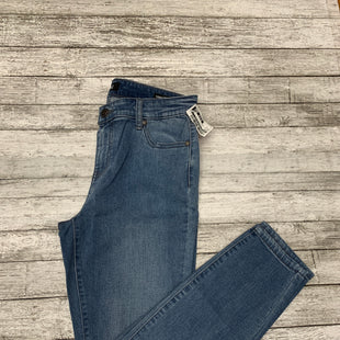 Primary Photo - BRAND: BUFFALO DAVID BITTON STYLE: JEANS COLOR: DENIM SIZE: 8 SKU: 126-3003-11510