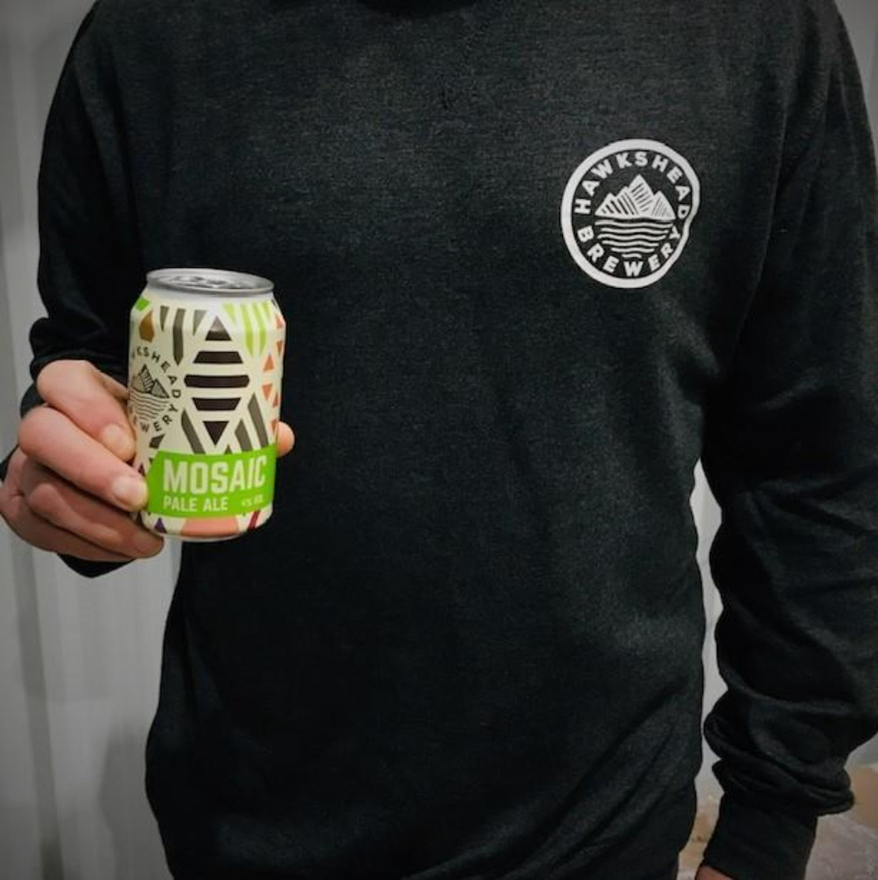 Hawkshead Brewery - Mosaic Cans 12x330ml and Heather Sweater