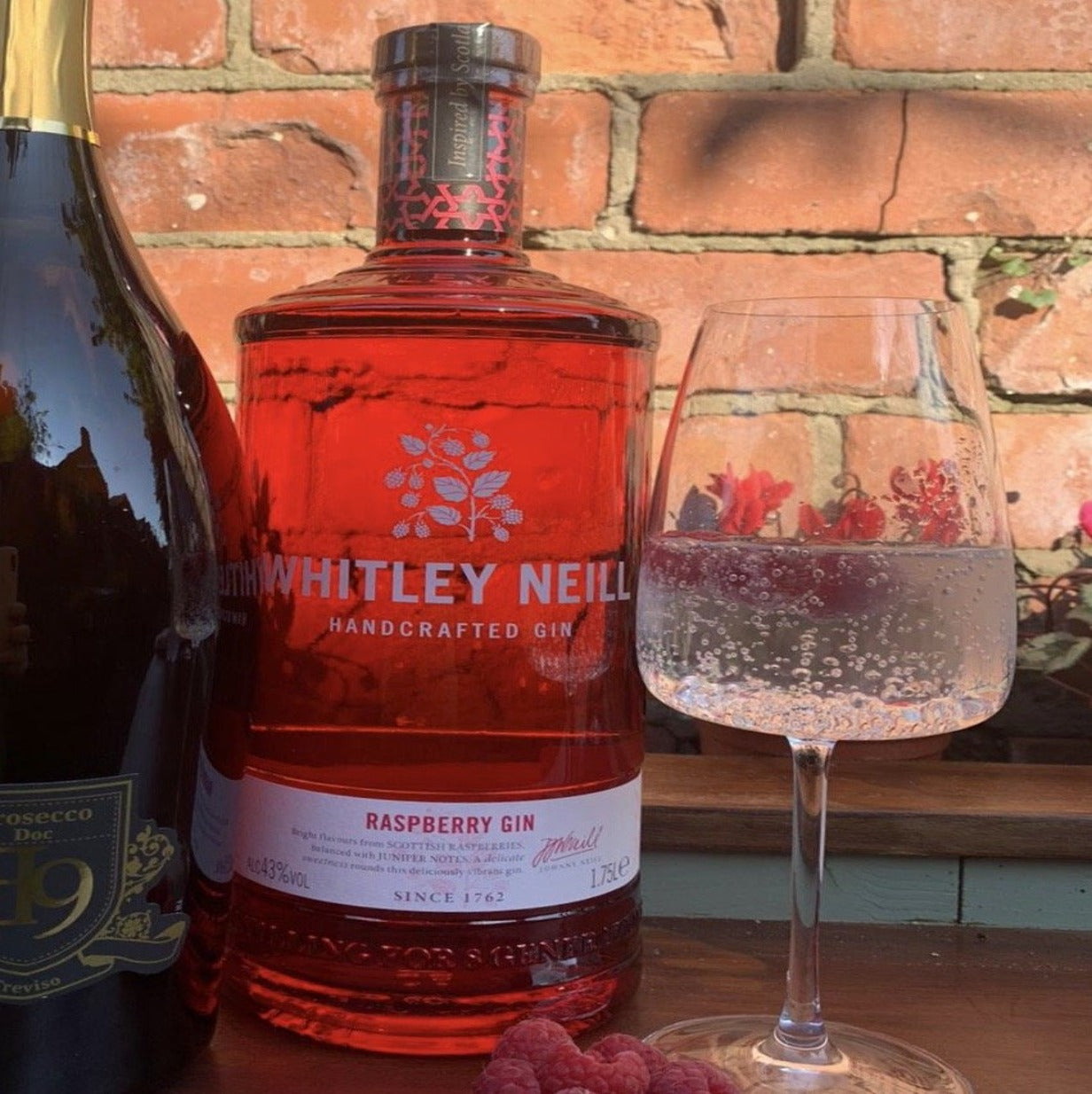 hawkshead Brewery - WHITLEY NEILL RASPBERRY GIN EXTRA LARGE 1.75 LITRE