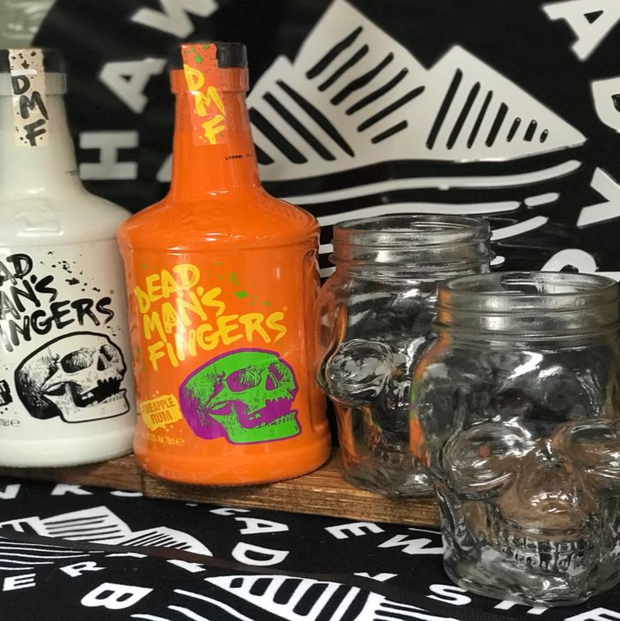 Hawskhead Brewery - Tiki Deal - Dead Man's Finger Passionfruit Rum & Coconut 70cl