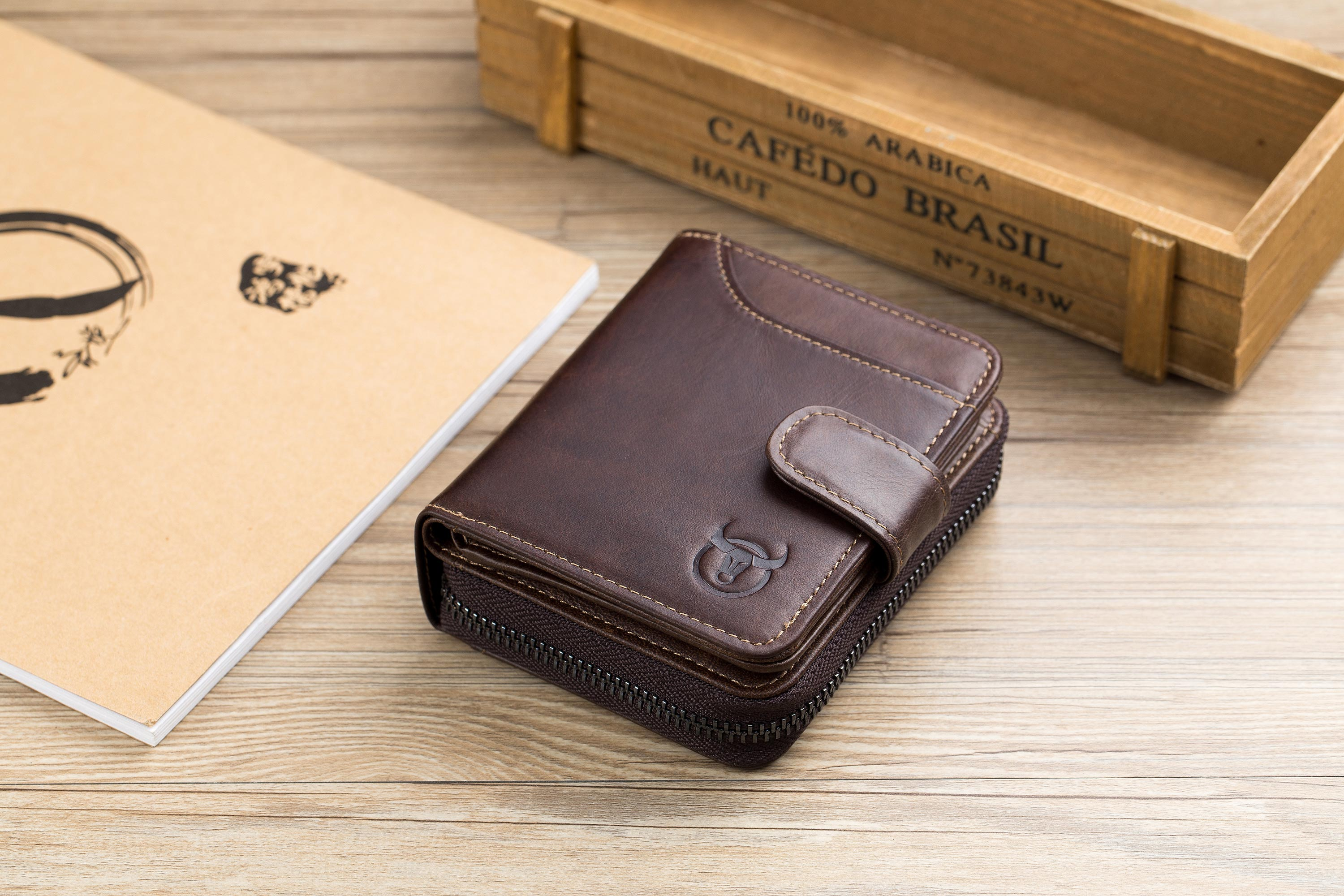 BULLCAPTAIN LEATHER BIFLOD RFID BLOCKING MEN VINTAGE WALLET WITH LARGE CARD POCKETS - 034