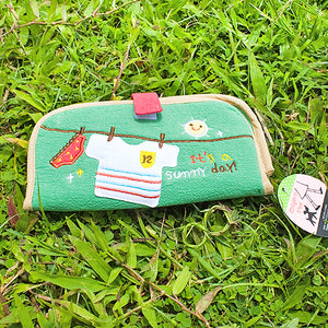 [Sunny day] Embroidered Applique Fabric Art Wallet Purse / Card Holder / ID Holder (7.1x3.7)
