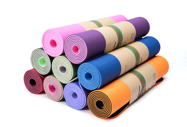 Color Up Up Yoga Mat