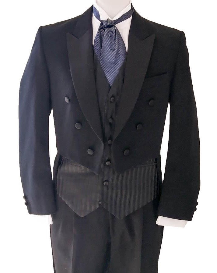 Black Tie Suit Hire - Munns Evening Tails Suit