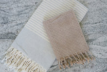 Load image into Gallery viewer, Catania Cotton Bath Towel