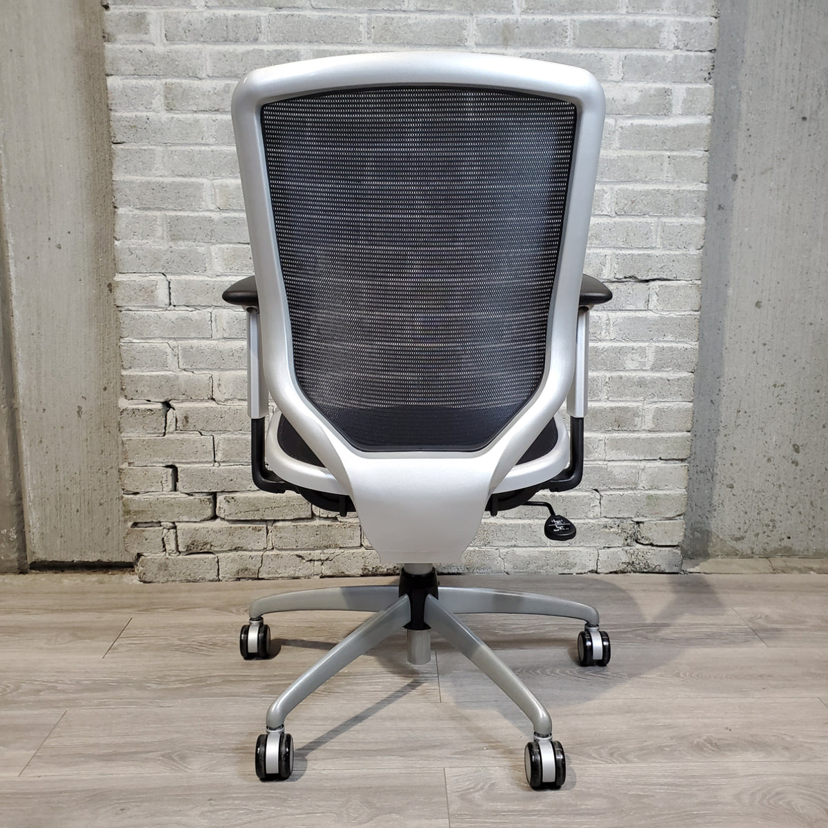 Pre-Owned - IN STOCK Boda High-Back Black Mesh Task Chair, Silver Frame SPECIAL! - Duckys Office Furniture