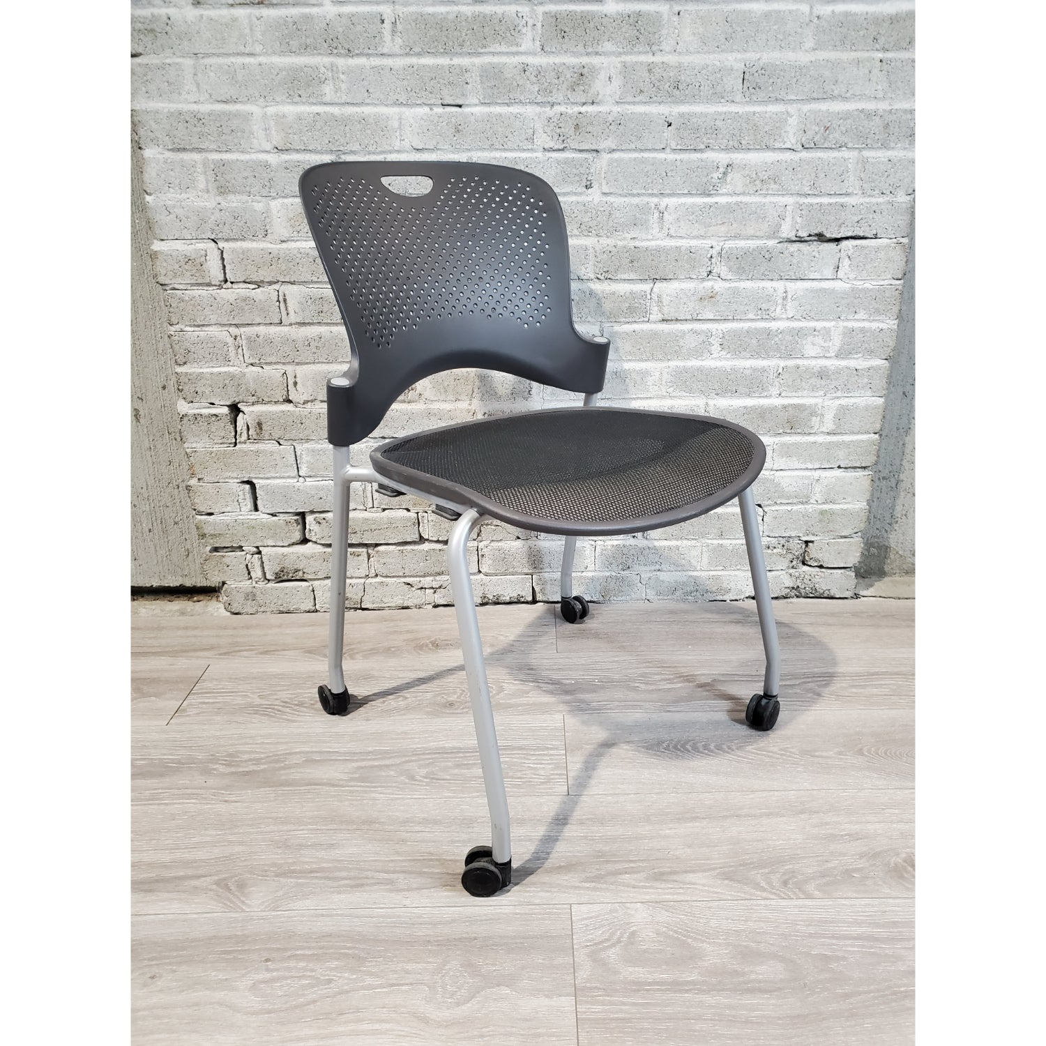 Pre-Owned - Used Herman Miller Caper Side Chair with Casters - Black - Duckys Office Furniture