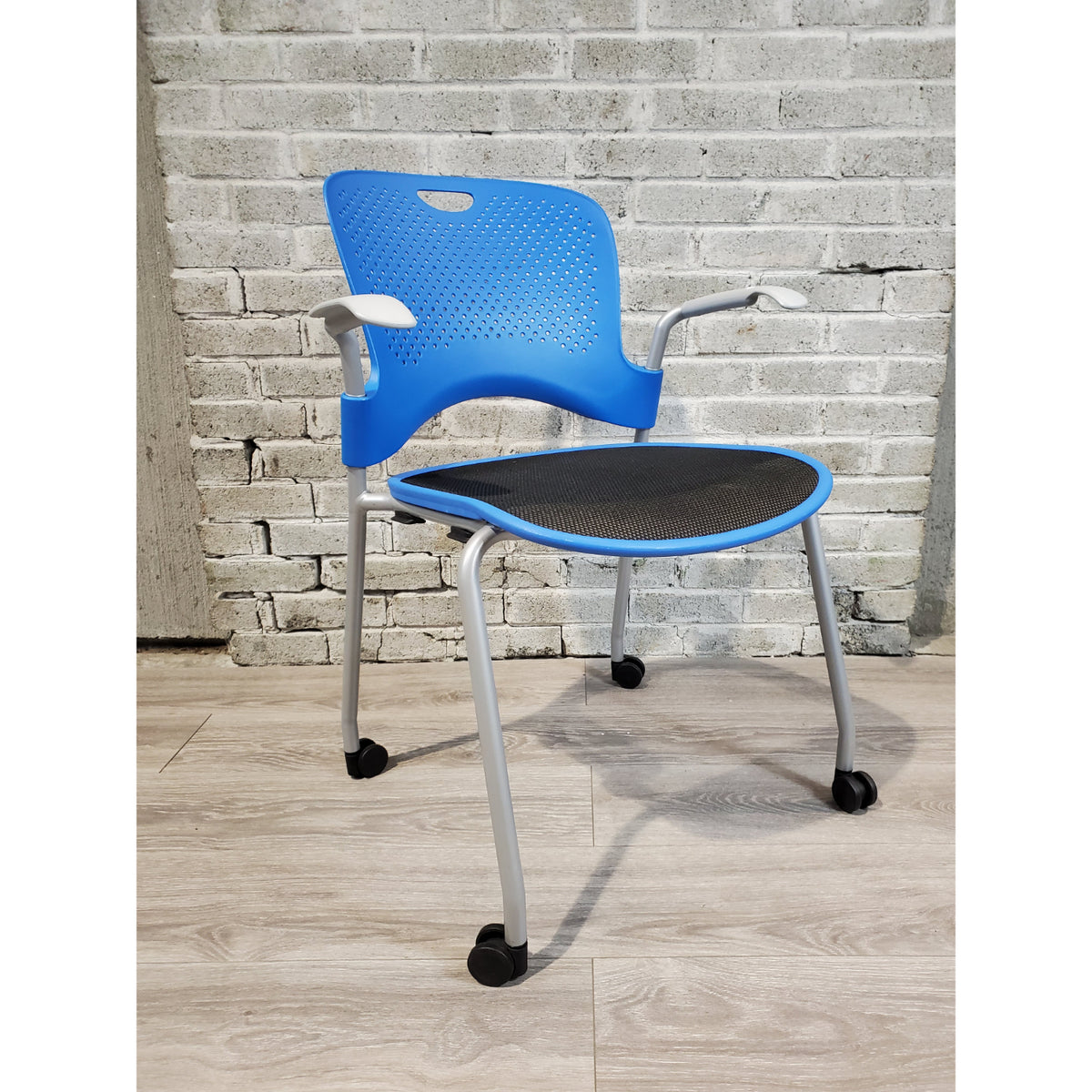 Pre-Owned - Used Herman Miller Caper Side Chair with Casters - Blue - Duckys Office Furniture