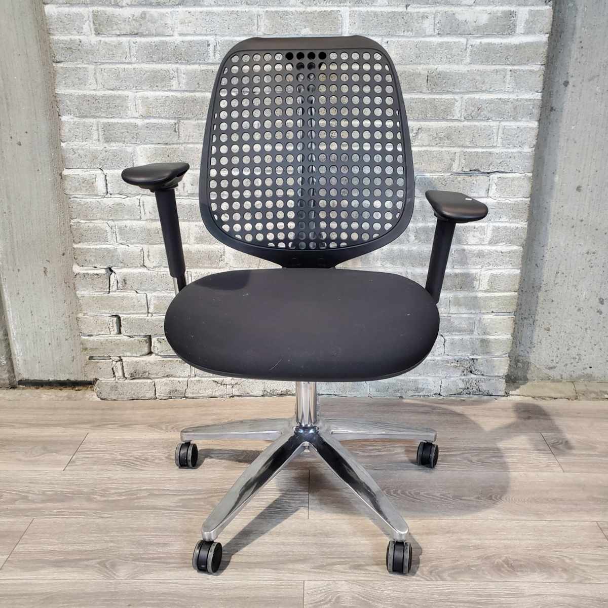 Used Black Task Chair with Plastic Back - Duckys Office Furniture