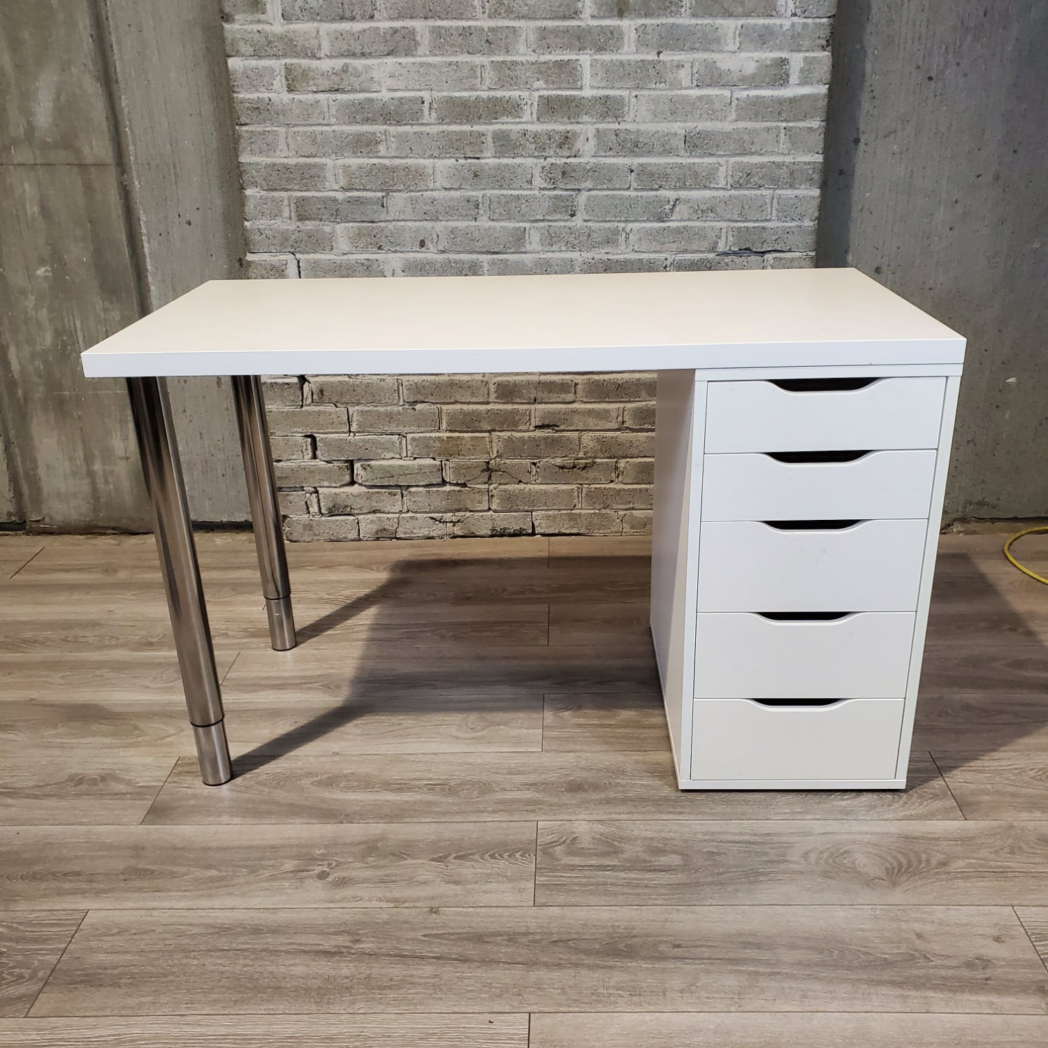 Used White Post Leg Desk with Drawers - Duckys Office Furniture