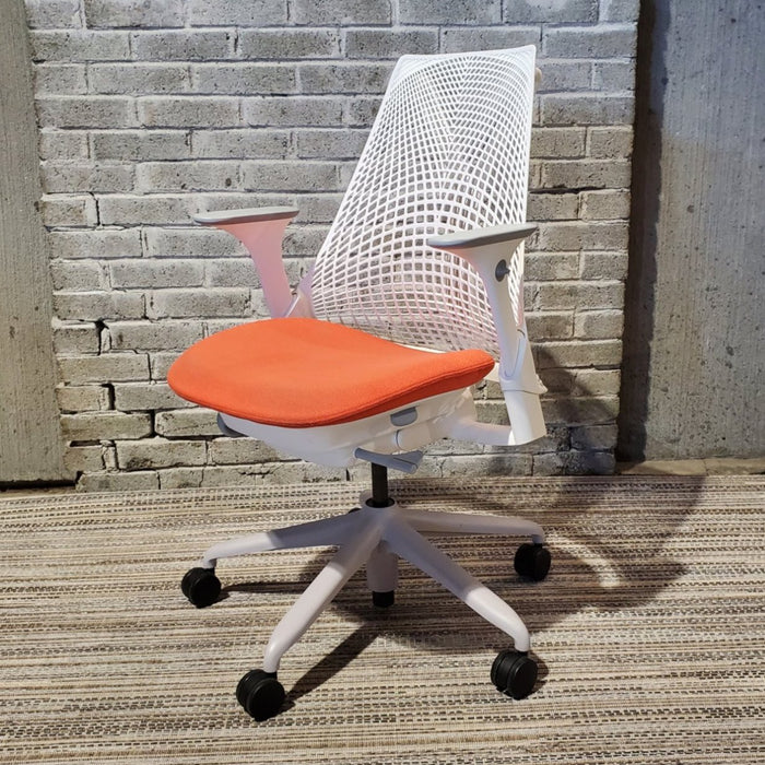 USED HERMAN MILLER SAYL CHAIR
