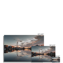 Load image into Gallery viewer, Samuel Beckett Bridge Hahnemühle Photo Rag Print