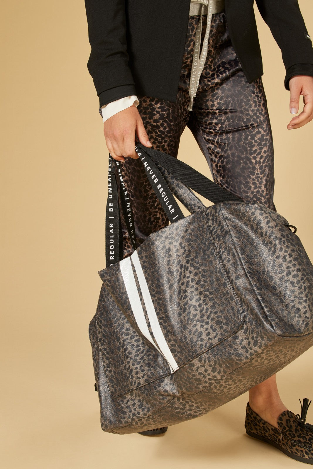 Weekend Bag, Leopard Camo