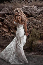 Load image into Gallery viewer, Vintage Mermaid Lace Sweetheart Neck Sheath Sweep Train Wedding Dress
