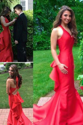 New Fashion Red with Straps Backless Prom Dress Open Backs Evening Formal Gowns RS163