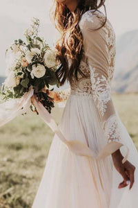 Long Sleeve Rustic Wedding Dresses Lace Appliqued Ivory Beach Wedding Dress