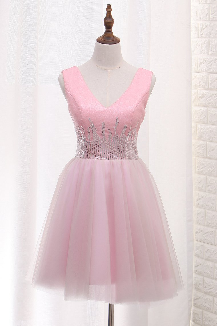 2019 V Neck Tulle A Line Homecoming Dresses Sequined Bodice Short/Mini