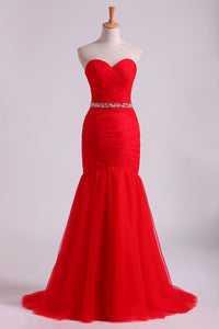2019 Red Mermaid Sweetheart Floor Length Prom Dresses With Ruffles And Beading Tulle