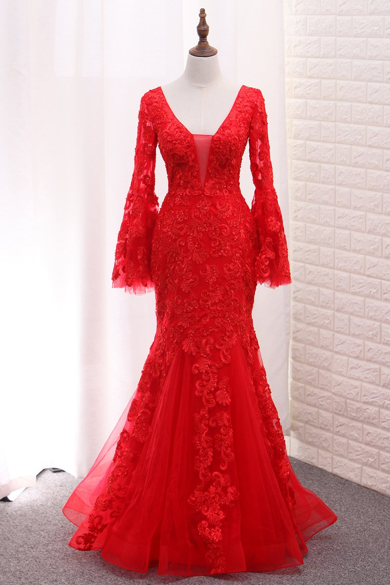 2019 V Neck Long Sleeves Tulle Evening Dresses Mermaid With Applique