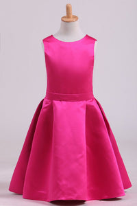 2019 Fuchsia Scoop A Line Flower Girl Dresses Satin With Ribbon Knee Length
