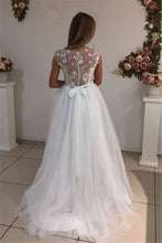 Load image into Gallery viewer, 2019 Scoop A Line Wedding Dresses Tulle With Applique Sweep Train