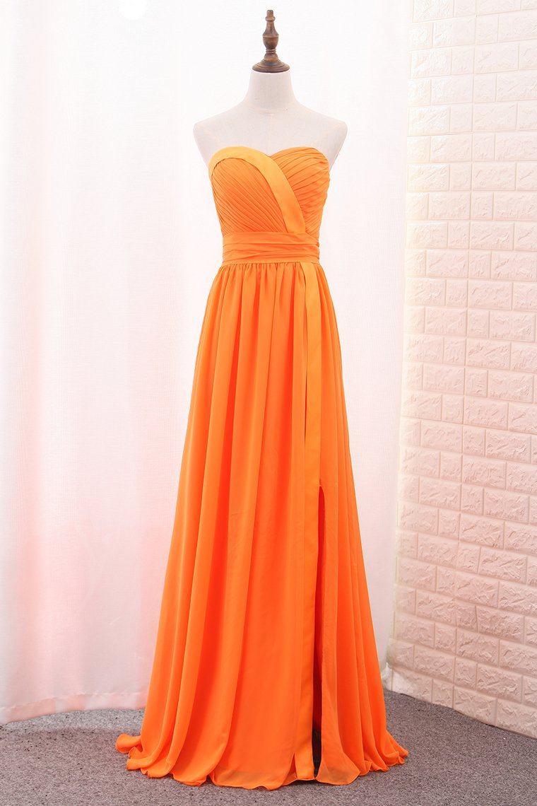 2019 A Line Chiffon Sweetheart Ruched Bodice Bridesmaid Dress Floor Length