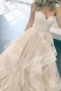 2019 New Arrival Sweetheart A Line Wedding Dresses With Applique Tulle