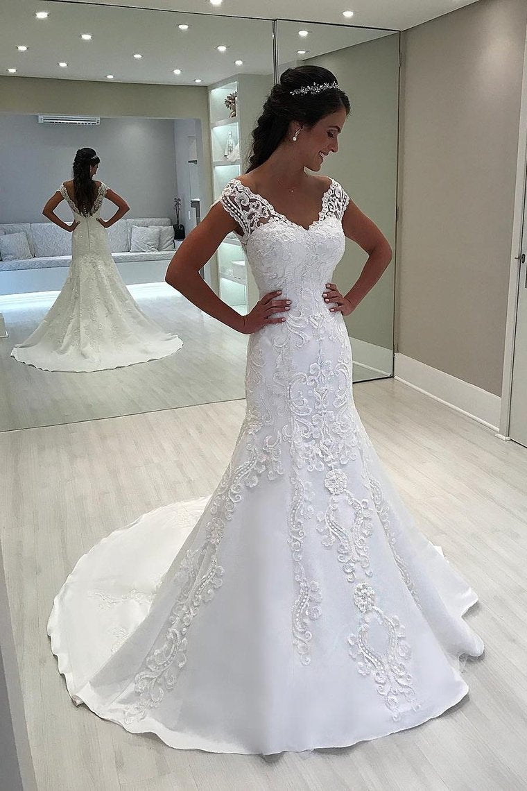 2019 Mermaid Tulle Off The Shoulder Wedding Dresses With Applique Sweep Train