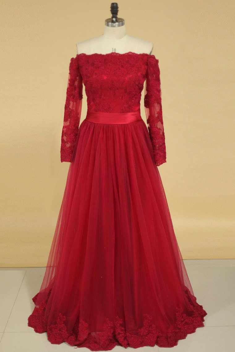 2019 A Line Boat Neck With Applique Long Sleeves Floor Length Prom Dresses Burgundy/Maroon