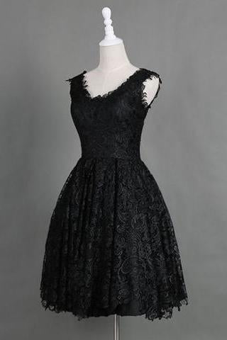 Classic Scoop Sleeveless Knee-Length Black Lace Homecoming Dresses RS460