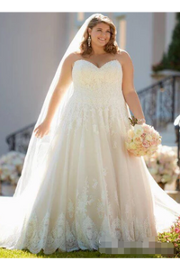 A Line Sweet Heart Neckline Wedding Dresses Plus Size Ivory Lace Wedding Gowns