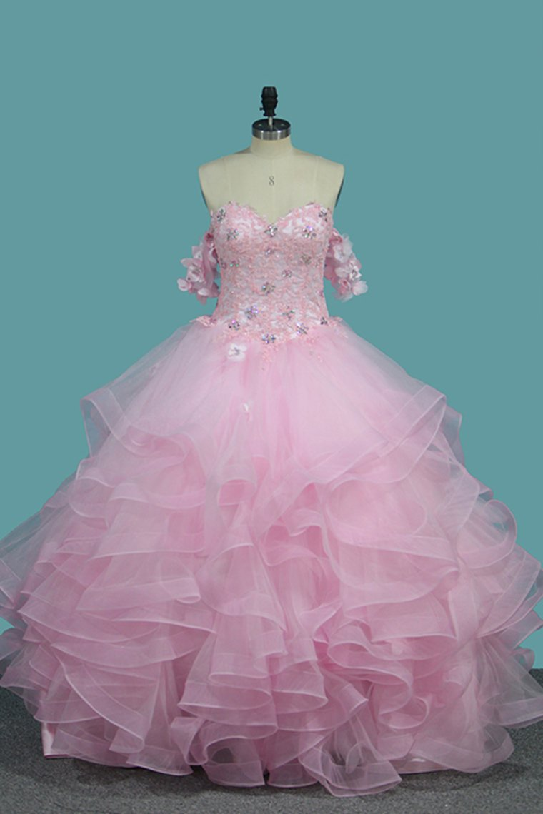 2019 Sweetheart Quinceanera Dresses Tulle With Applique And Beading Ball Gown