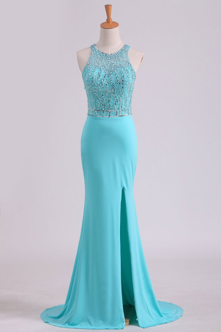 2019 Open Back Scoop With Beading And Slit Spandex Prom Dresses
